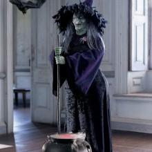 halloween-party-deko-ideen-halloween-requisiten-hexe-hexenkessel