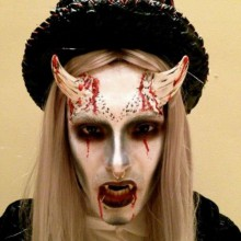 horror-halloween-kostuem-fuer-teenager-make-up-ideen-halloween-masken