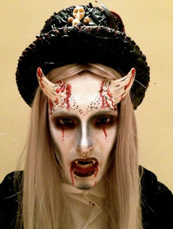 Horror Halloween Kostuem Fuer Teenager Make Up Ideen Halloween