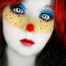 non-scary-halloween-kostueme-make-up-ideen-nette-clown-make-up